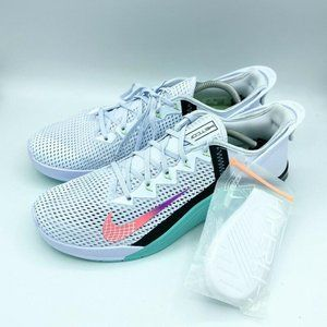 Nike Metcon 6 Flyease Grey Flash Crimson New Women